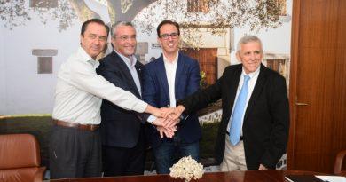 PRODE, el Ayuntamiento de Pozoblanco y Covap renuevan el convenio de El Dehesafío para seguir con la regeneración de la dehesa de Los Pedroches