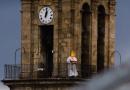 Bendición al pueblo de Villanueva de Córdoba por parte del párroco de San Miguel