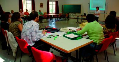 Ifapa ofrece en abril 21 cursos 'on line' para facilitar la especialización en agricultura.