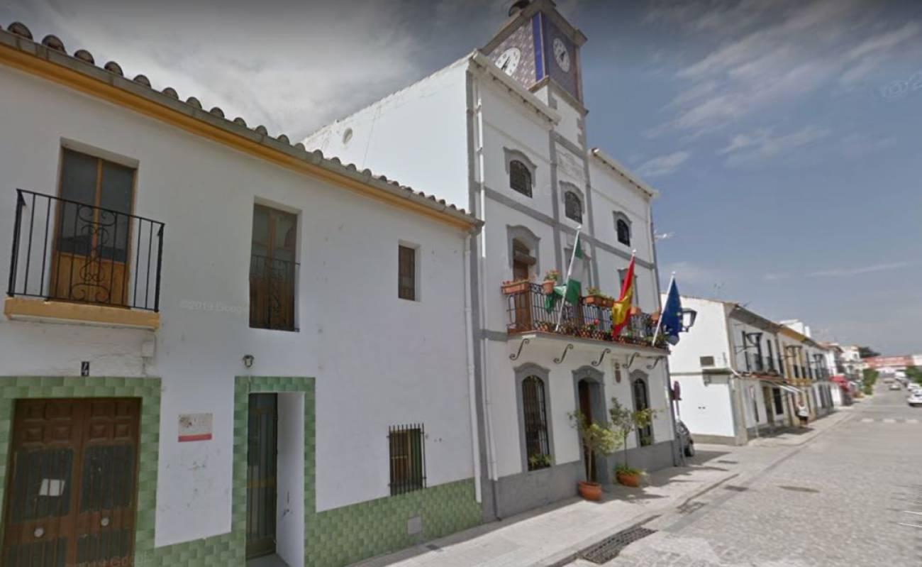 Cesado el concejal de deportes de Cardeña por hacer uso del gimnasio municipal durante el confinamiento