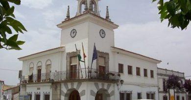 Villanueva del Duque :El PSOE denuncia la situación del personal laboral del Ayuntamiento