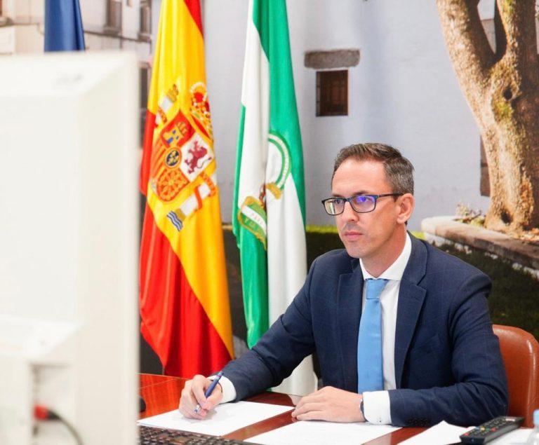El Ayuntamiento de Pozoblanco prorroga el servicio de ayuda a domicilio por valor de 1,2 millones de euros