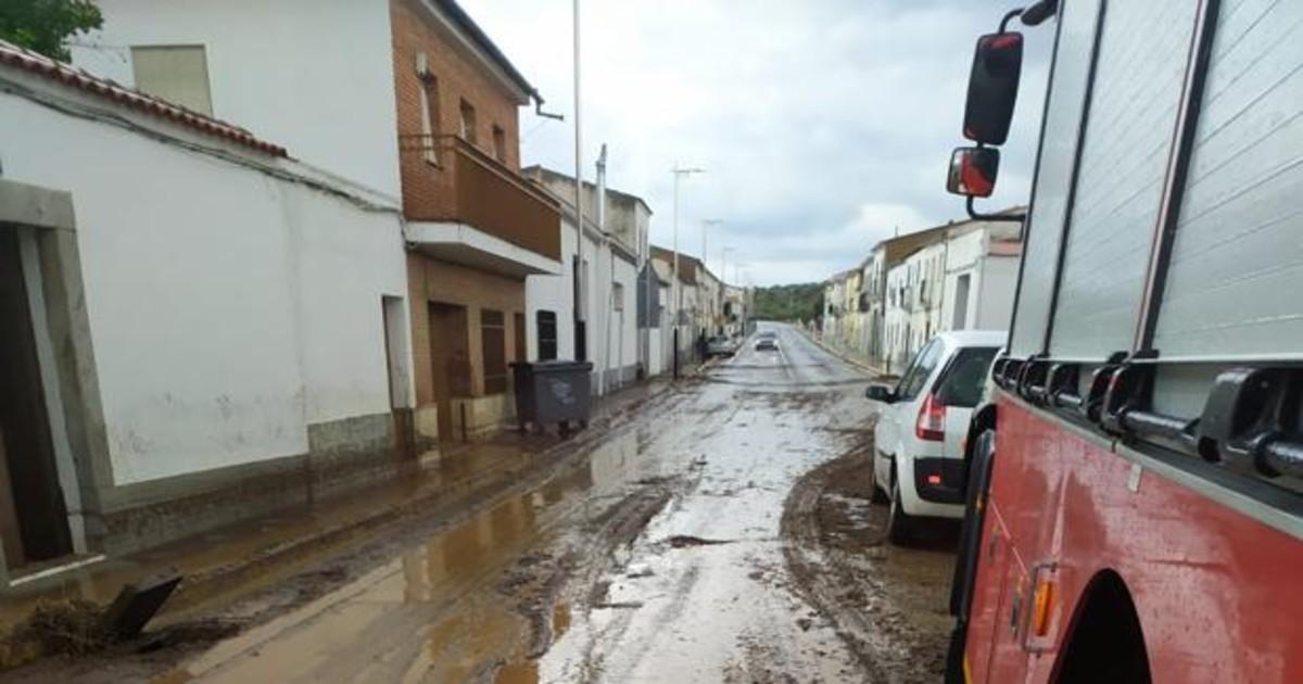 La lluvia inunda una veintena de viviendas en Alcaracejos